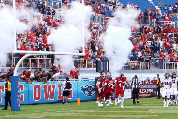 Photos by Bongo <div class='secondary-title'><span style='color:#818181;font-size:14px;'>Bongo provides these photos from Saturday's FAU victory over Southern Illinois.</div>