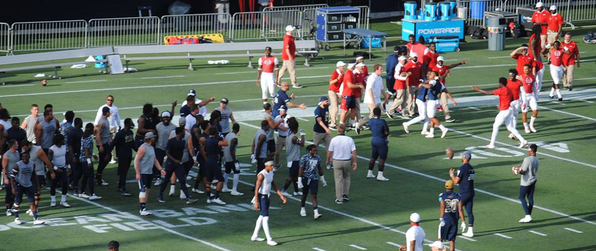 FINAL: FIU 33, FAU 31<br> Photo Gallery