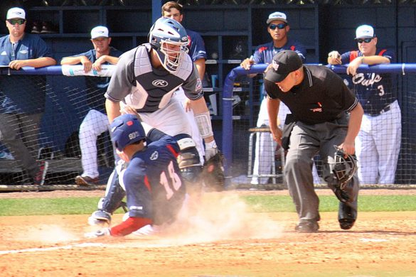 Photo Gallery:<br> FAU vs Monmouth