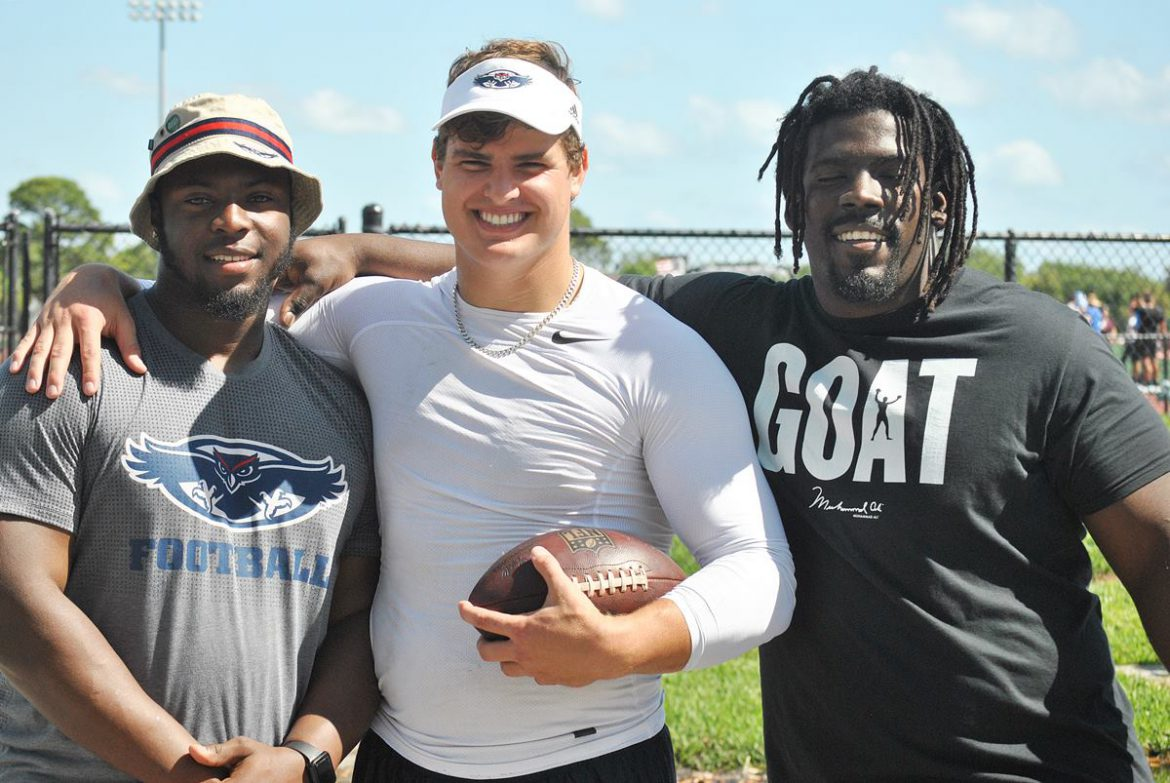 All Pro <div class='secondary-title'><span style='color:#818181;font-size:14px;'>Trey Hendrickson and 10 other former FAU players did what they could to try to impress NFL scouts on Pro Day.</div>