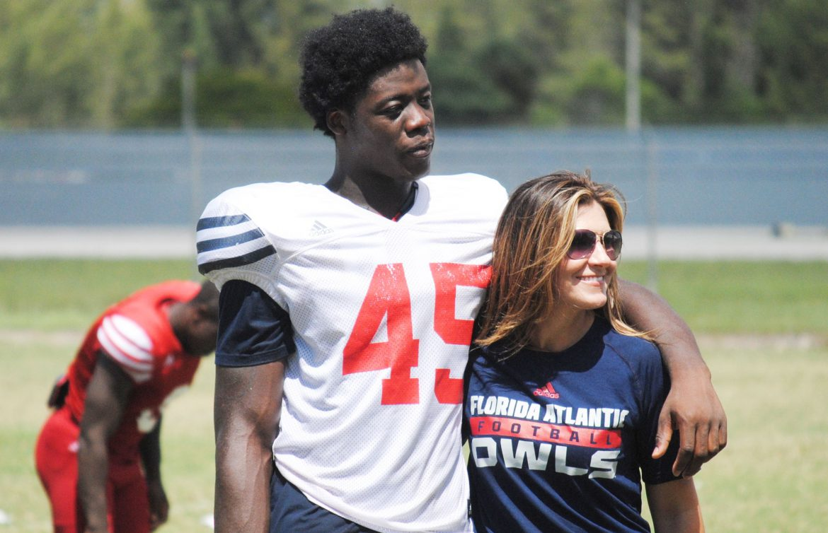 The Daub Decision <div class='secondary-title'><span style='color:#818181;font-size:14px;'>Former Florida St. linebacker Kain Daub officially joins FAU. Owls now have to decide which position he'll play.</div>