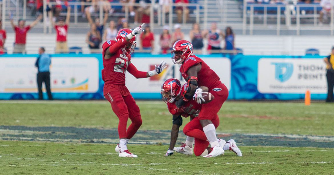 Four Down Territory:<br> FAU 69, UNT 31 <div class='secondary-title'><span style='color:#818181;font-size:14px;'>Devin Singletary and Azeez Al-Shaair continue to lead FAU, Kalib Woods returns and the Owls' bowl potential all discussed here.</div>