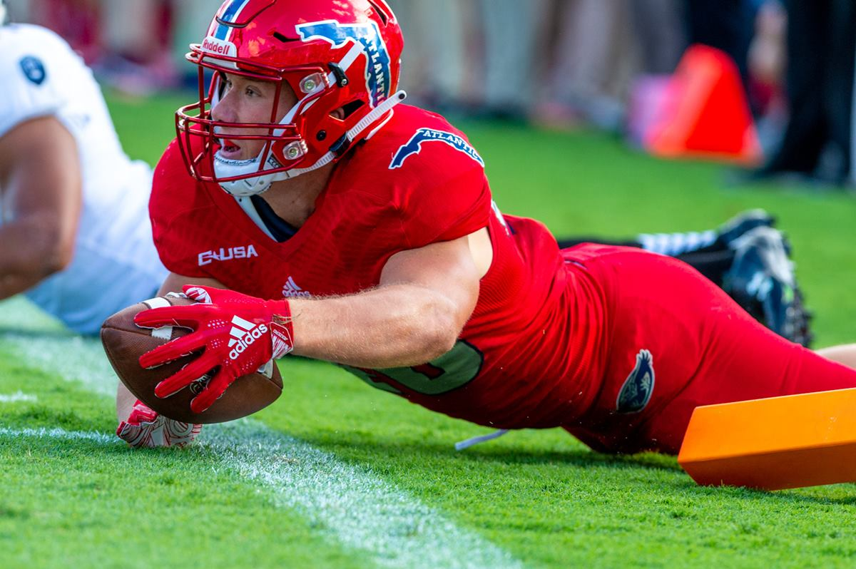 FAU FOOTBALL  Owls TEs Underutilized Weapons - FAUOwlAccess.com a6534f949