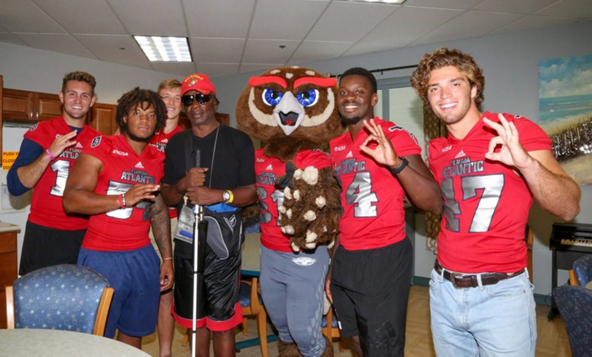 fau football players va