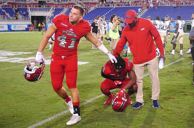 FAU cornerback DaVon Brown laments the loss to Charlotte. (OwlAccess.com photo)