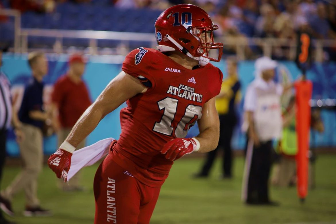 Doubly Dangerous <div class='secondary-title'><span style='color:#818181;font-size:14px;'>FAU running backs Devin Singletary and Kerrith Whyte exceed the 100-yard mark for the second consecutive game and account for all four FAU TDs.</div>