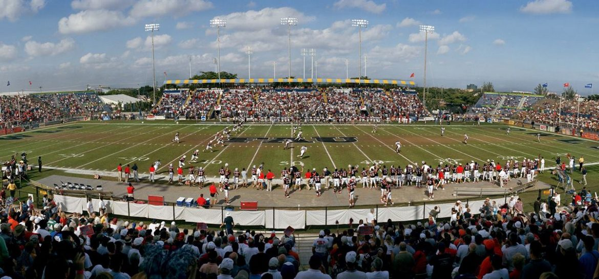 FAU fans packed Lockhart Stadium for the 2003 NCAA Division I-AA semifinal game against Colgate. (Photo Courtesy FAU Athletics)