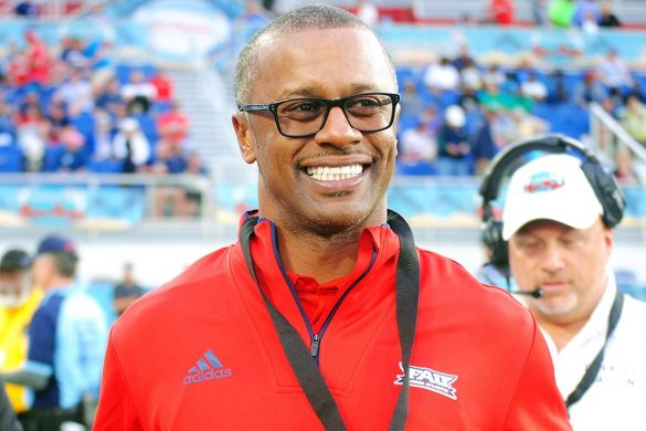 fau football willie taggart